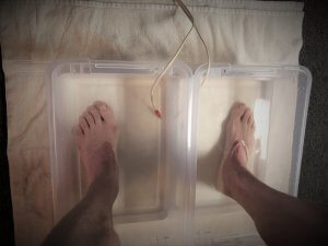 electrode foot treatment in water